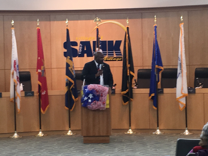 Senator Sims honoring our veterans